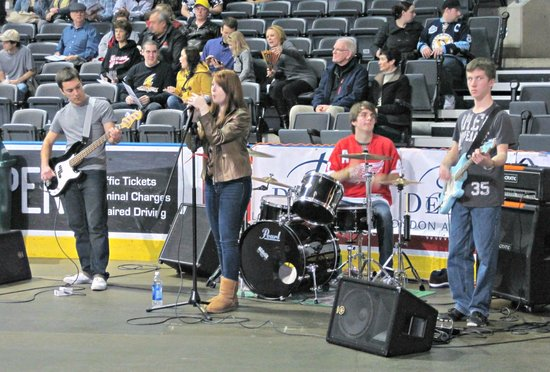 Budweiser Gardens: Shaolin Hoedown performing at London Lightning halftime show