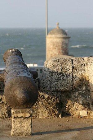 Cartagena City Tours- Day Tours: City wall