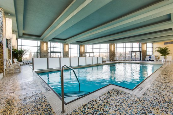 Brookstreet Hotel: Indoor pool