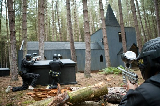 ‪Delta Force Paintball Newcastle‬