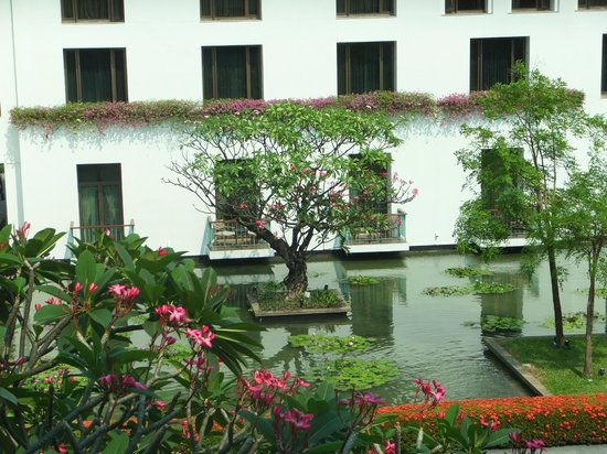 The Sukhothai Bangkok :                   Room Window view