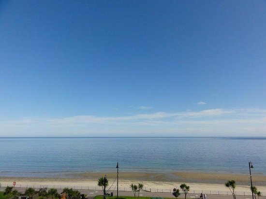 The Edelweiss Guest House: Sea views