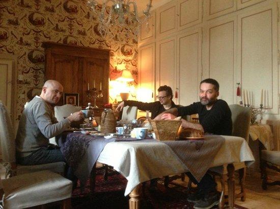 Manoir de Boisairault :                   breakfast