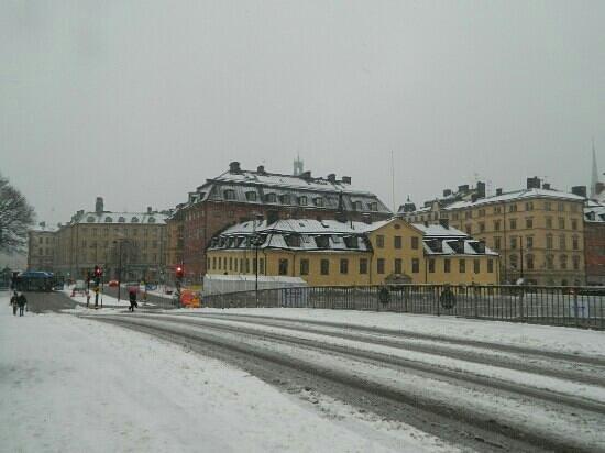 Stockholm Hostel:                   rumbo al hostel