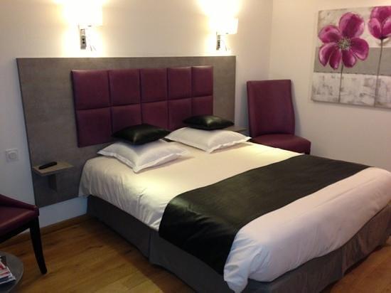 Hotel Monet:                   la chambre 14