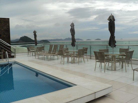 Arena Copacabana Hotel: terraza