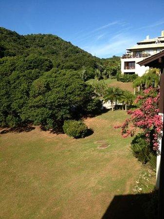 Costao do Santinho Resort Golf & Spa:                   quarto c vista para o morro