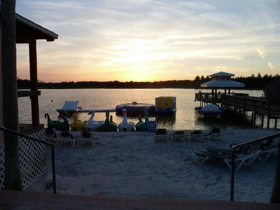 Crown Club Inn Orlando By Exploria Resorts:                   beach area, can pay to play on all kinds of fun stuff and rent paddle boats