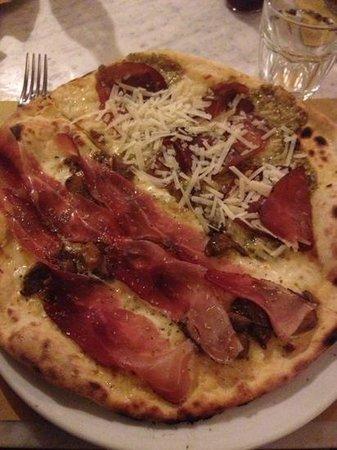 Ninnetti : 2 tipi di pizza divise da loro stessi!