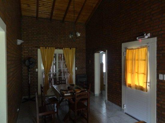 Hotel y Duplex Rincon del Valle:                   Living del duplex grande