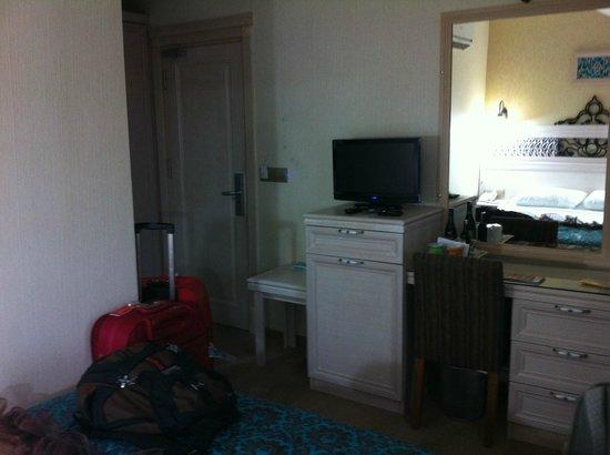 Hotel Novano :                   quarto