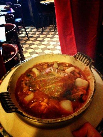 L'estrapade : Stuffed Cabbage, duck and pruns