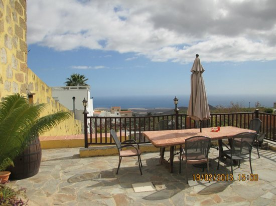 Tenerife Self Catering - La Bodega:                   A place to eat, drink, and take in the view