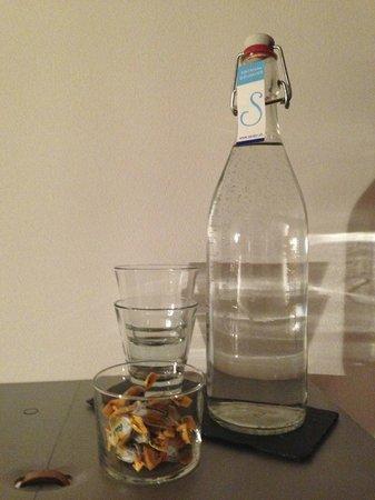 Hotel Saratz:                   Acqua e Ricola