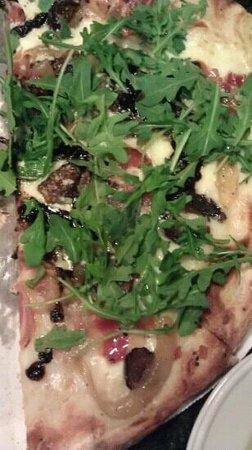 ANTONIO'S Maitland:                   Half a pizza