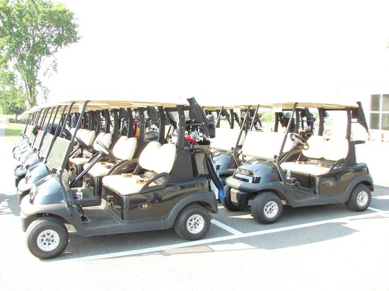 Black Bear Ridge Golf Club: Ready for your company outing.