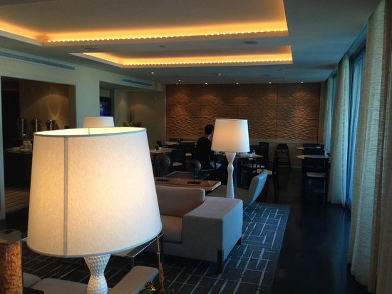 Kimpton EPIC Hotel: Another view of the Club lounge.