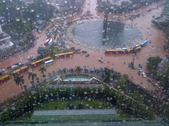 Grand Hyatt Jakarta:                   Flooding January 2013