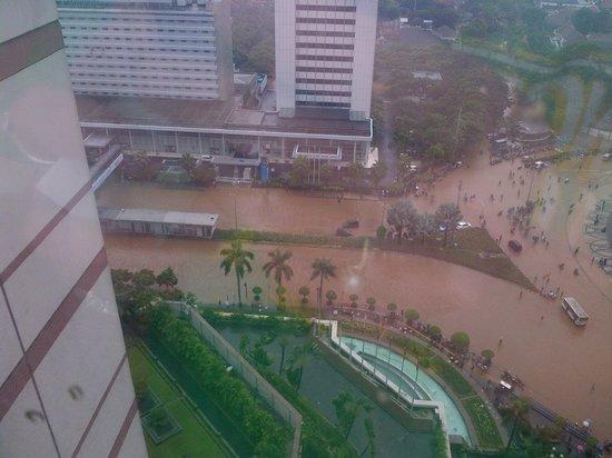 Grand Hyatt Jakarta:                   Flooding from January 2013