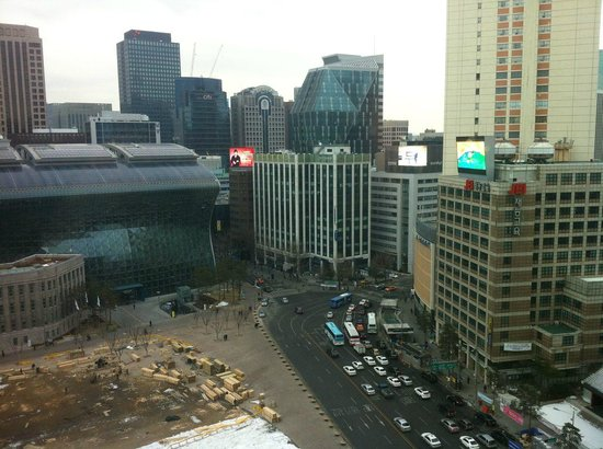 THE PLAZA Seoul, Autograph Collection:                   View from room on City Hall side