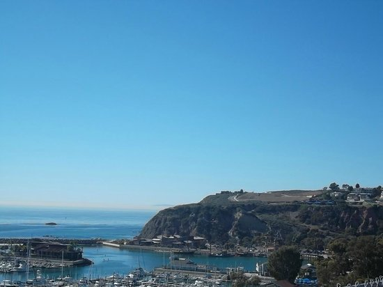 Dana Point Marina Inn:                   Ocean Institute and Headlands
