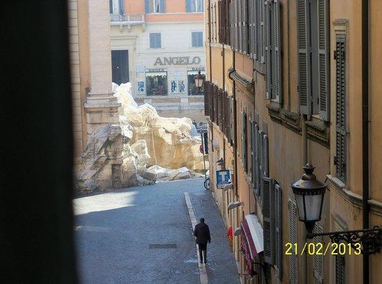 Town House Fontana Di Trevi:                   Vista desde nuestra habitación