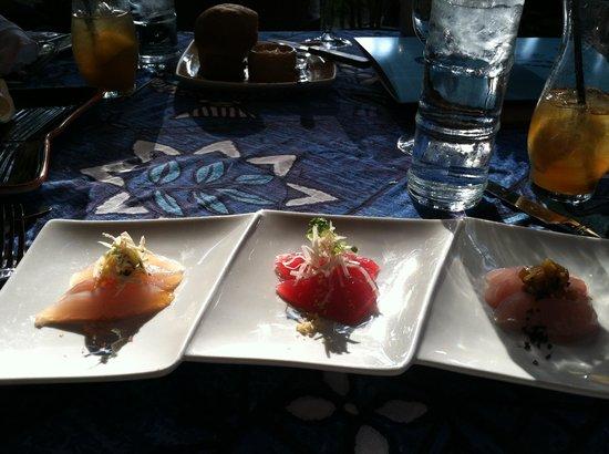 Mama's Fish House:                   3 Fish Sashimi