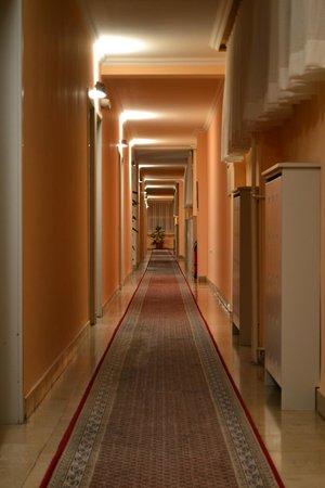 Hotel Rex: Pasillo de habitaciones