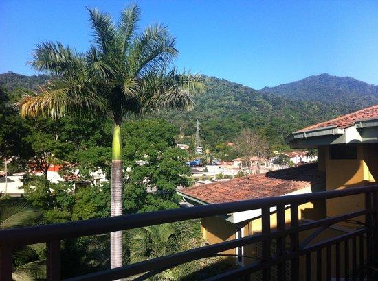 Boutique Hotel La Cordillera :                                     View