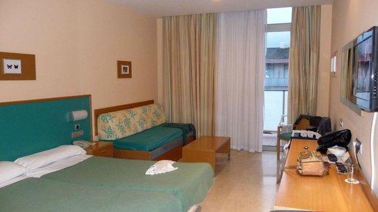 Hotel Mediterraneo Benidorm :                   chambre