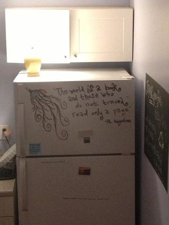 Charleston's NotSo Hostel:                   fridge quote at not so hostel