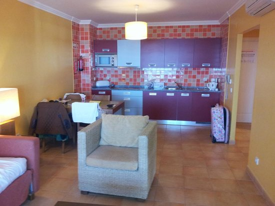 Holiday Village Algarve Balaia:                   spacious apart