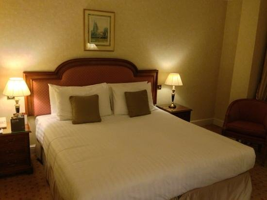 Lancaster London: upgraded room