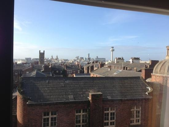 hope street hotel:                   view from the bath room!