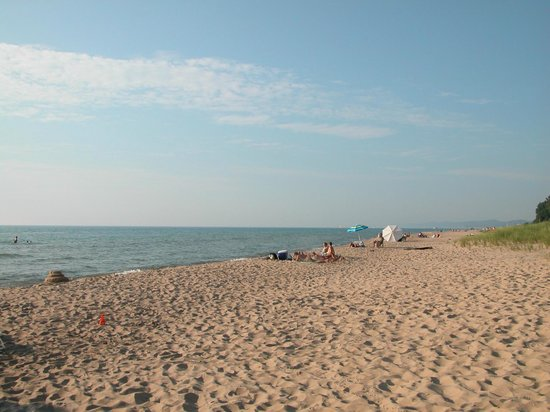 Rosemont Inn Resort B&B: Lake Michigan Beach