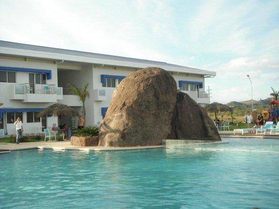 Area de piscina picture of mykonos hotel convention for Piscina hotel w santiago