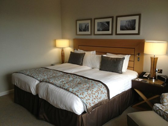 London Hilton on Park Lane:                   Superking Bed