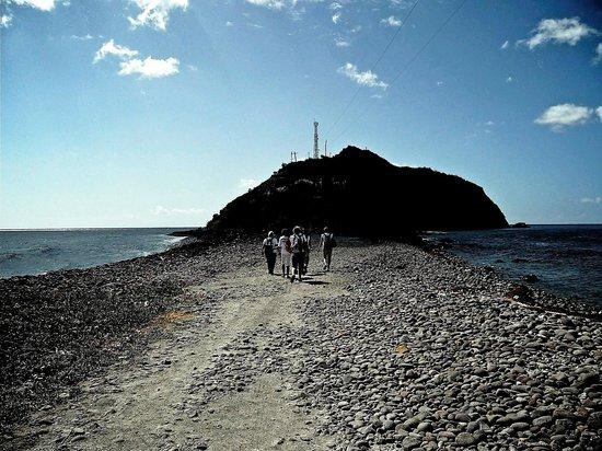 Scott's Head Pinnacles:                   Scott's Head (a small isthmus separates the Atlantic Ocean & Caribbean Sea)