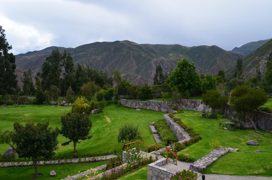 Casa Andina Premium Valle Sagrado Hotel & Villas:                   The natural garden behind the main lobby