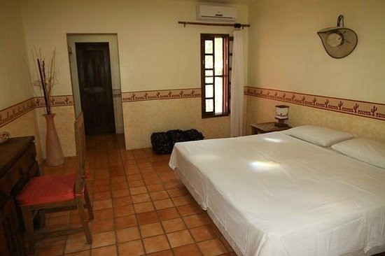 Hacienda Hotel Santo Domingo: Zimmer mit King-size Bett