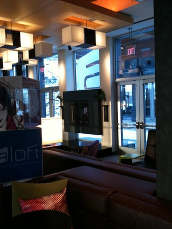 Aloft Lexington:                   Lobby