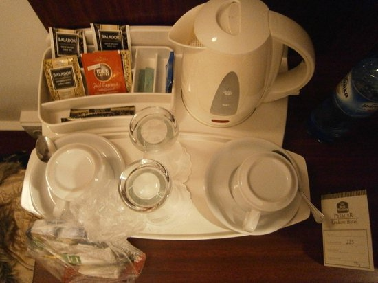 Best Western Premier Krakow Hotel:                   Чайный столик
