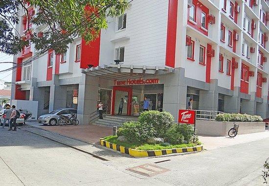 Red Planet Makati Manila Tune Hotel