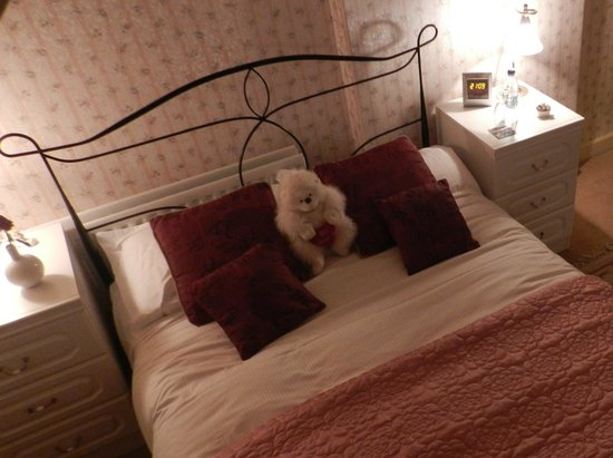 The Old School Bed and Breakfast and Betty's Cottage: Bettys Bedroom