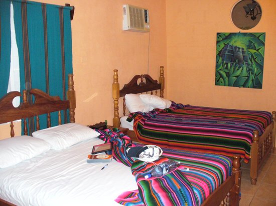 Cahal Pech Village Resort :                   Two double beds, clean, no bugs and okay to sleep on