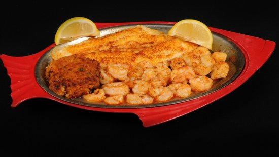 Pier 41 Seafood: Broiled Combination Platter