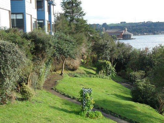 Hotel Elun:                   Lake view