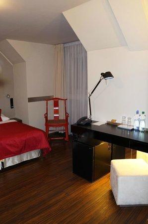 Perla Hotel: Chambre