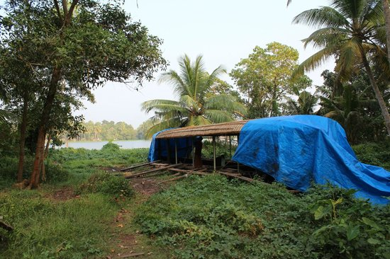 Breeze Backwater Homes: New Backwater´s Boat being built