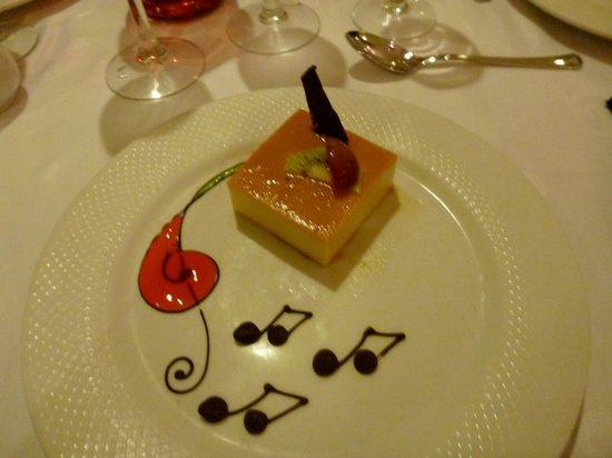 Grand Palladium Kantenah Resort and Spa:                   Cheesecake I think...